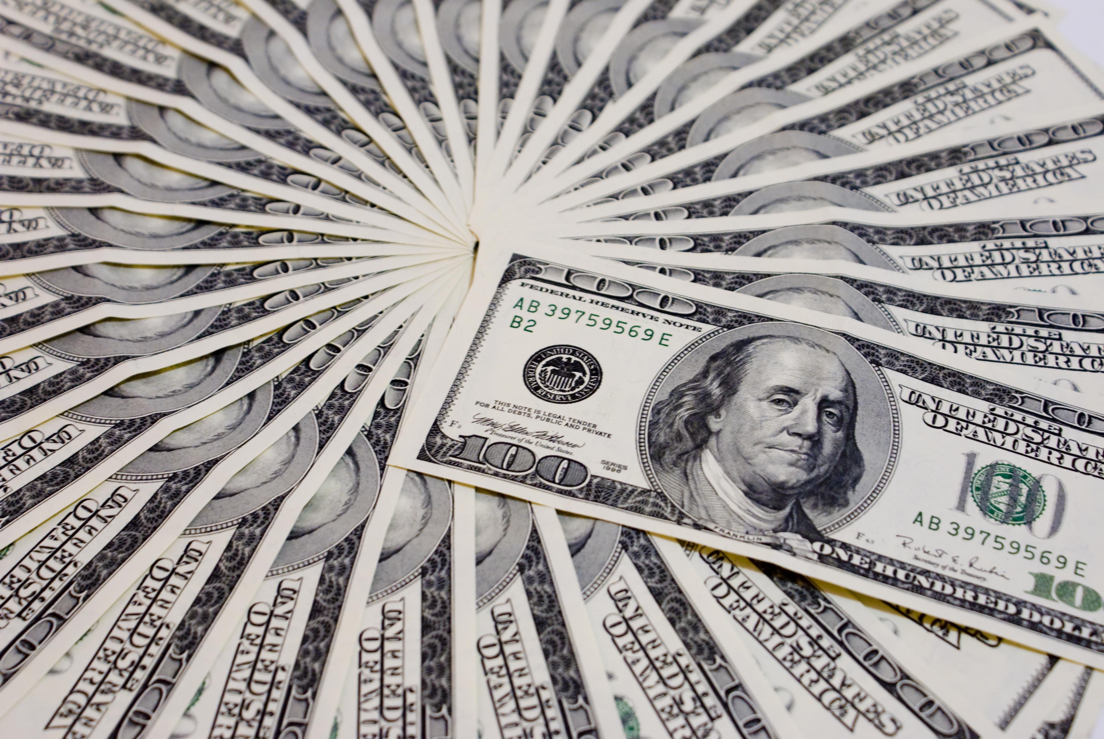 economics essay money